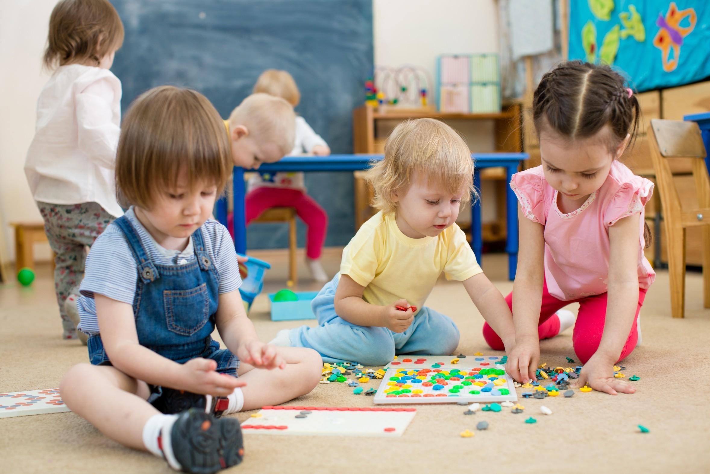 Il est important d'adapter les apprentissages en fonction de l'âge, des capacités et des besoins de la personne.
