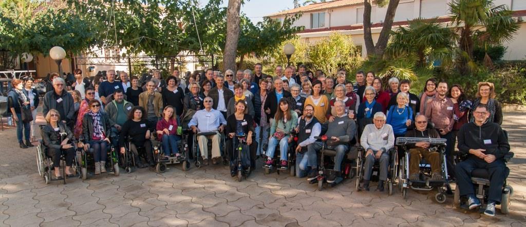 Les membres de l'association Amis FHS lors d'une rencontre associative à Agde en octobre 2016 © Vincent Gabillard