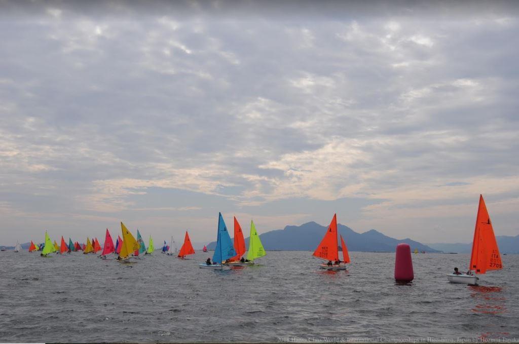 Au total, 50 bateaux ont participé aux Championnats du monde Hansa 2018.