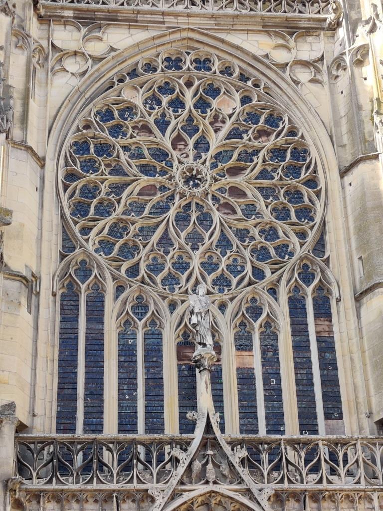 À Sens, la plus ancienne cathédrale gothique de France